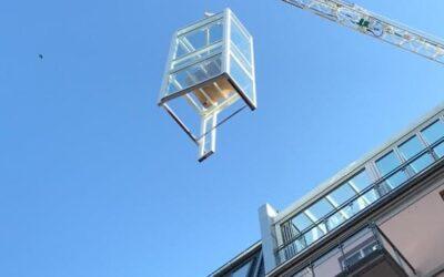 Flying elevator…